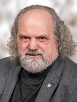 Herr Dr. Karl-Heinz Debacher