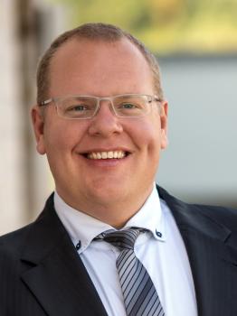 Herr Carsten Erhardt